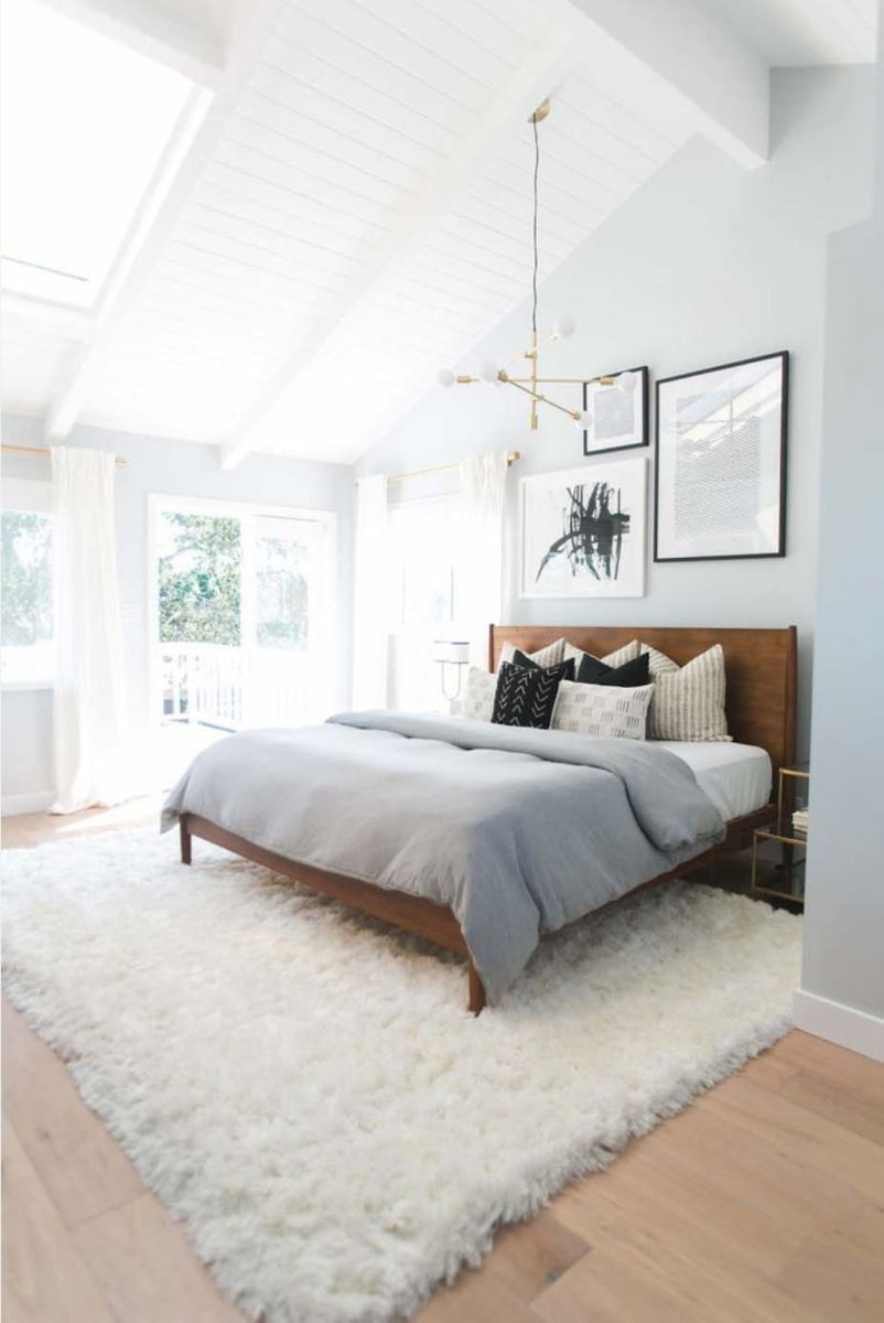 Warm Cozy Bedroom with Beautiful Rug Decoration Part 25
