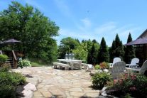 Amazing outdoor and garden paving ideas using flagstones Part 24