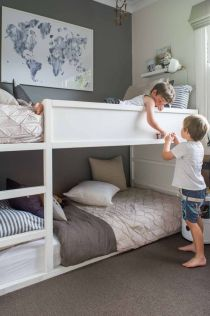 Cool bunk beds design ideas for boys that wonderful as solution for making the most out of a shared space Part 19