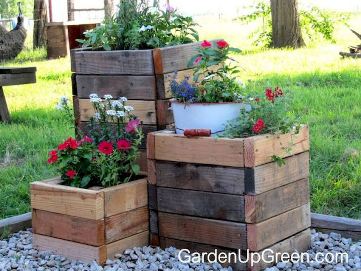 Creative Homemade Planter Boxes from Pallets - Simple DIY Project