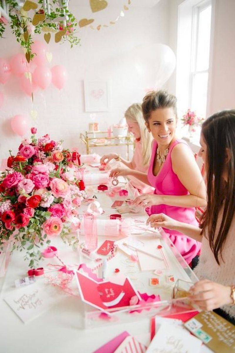 Lovely Table Decoration for Valentine Wedding Theme Part 18