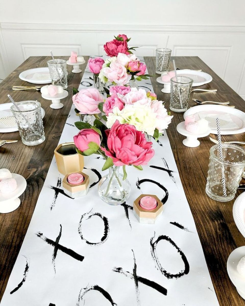 Lovely Table Decoration for Valentine Wedding Theme Part 23