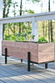 Planter box ideas made from pallets that look perfect with simple finishing Part 6