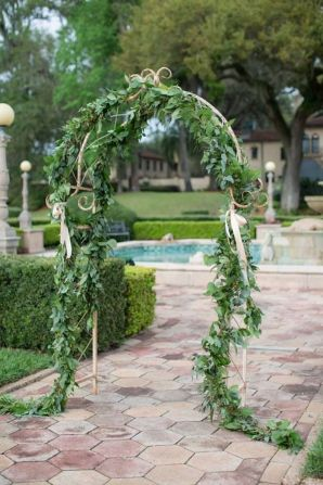 Romantic Spring Wedding Decoration with Green Peach and Cherry Pink Color Themes That Look Very Lovely Part 21
