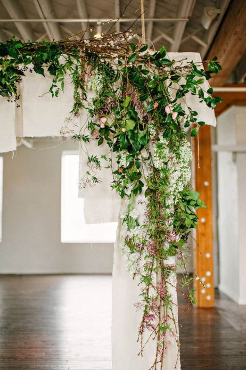Romantic Spring Wedding Decoration with Green Peach and Cherry Pink Color Themes That Look Very Lovely Part 25