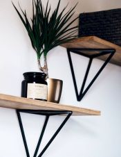Simple bathroom shelves made from wood pallets Part 26
