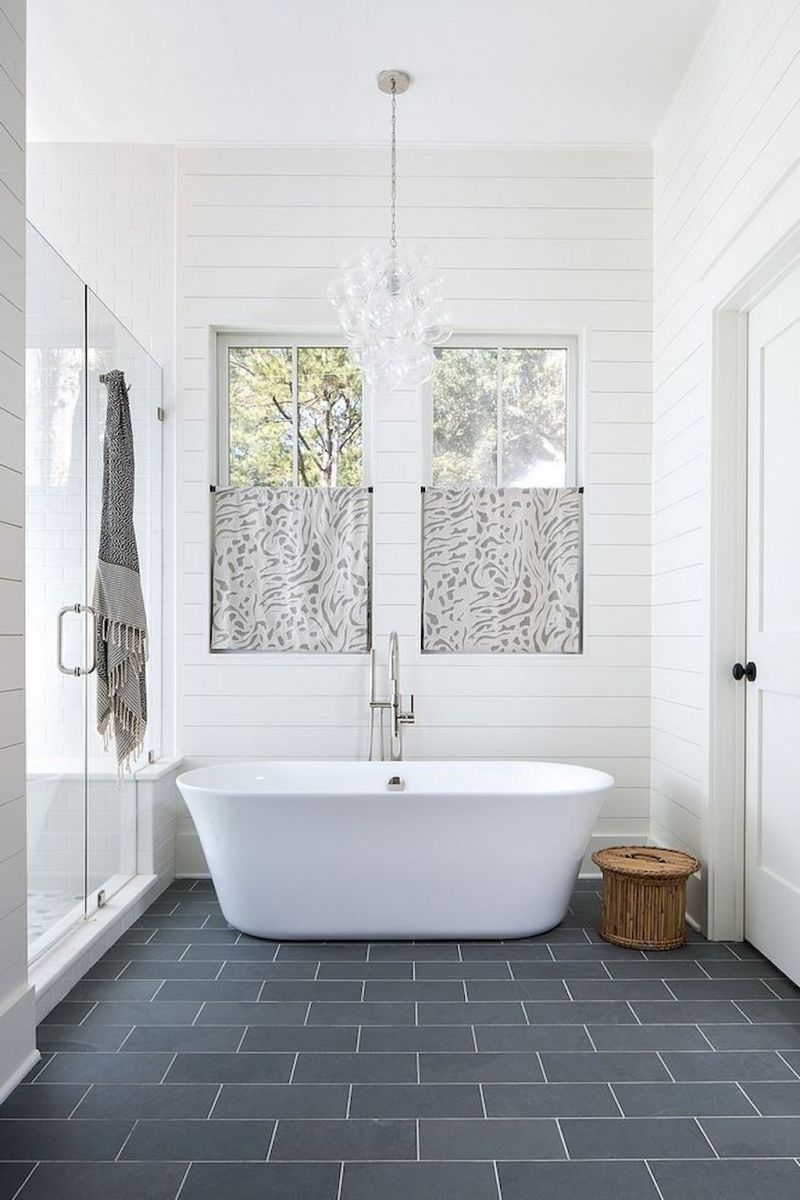 Small standing tubs powerful to make up small bathroom looks Part 10
