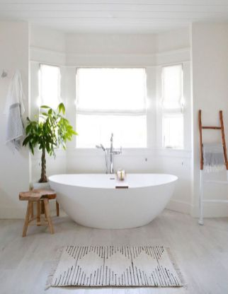 Small standing tubs powerful to make up small bathroom looks Part 27