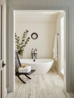 Small standing tubs powerful to make up small bathroom looks Part 4