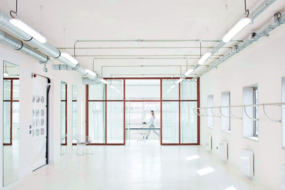 Color and light combination that gives Marine Serre workshops of Paris a very comfortable space to be productive
