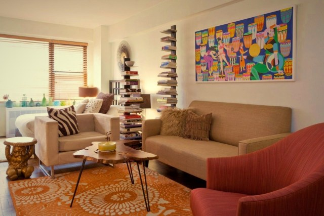 Giving colorful interior update with exotic decoration for a small apartment (3)