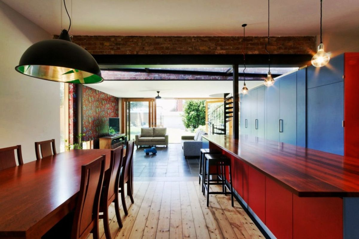 Drastic interior turnover of Ilma grove house designed in groovy colorful finishing which looks very refreshing and alive (3)