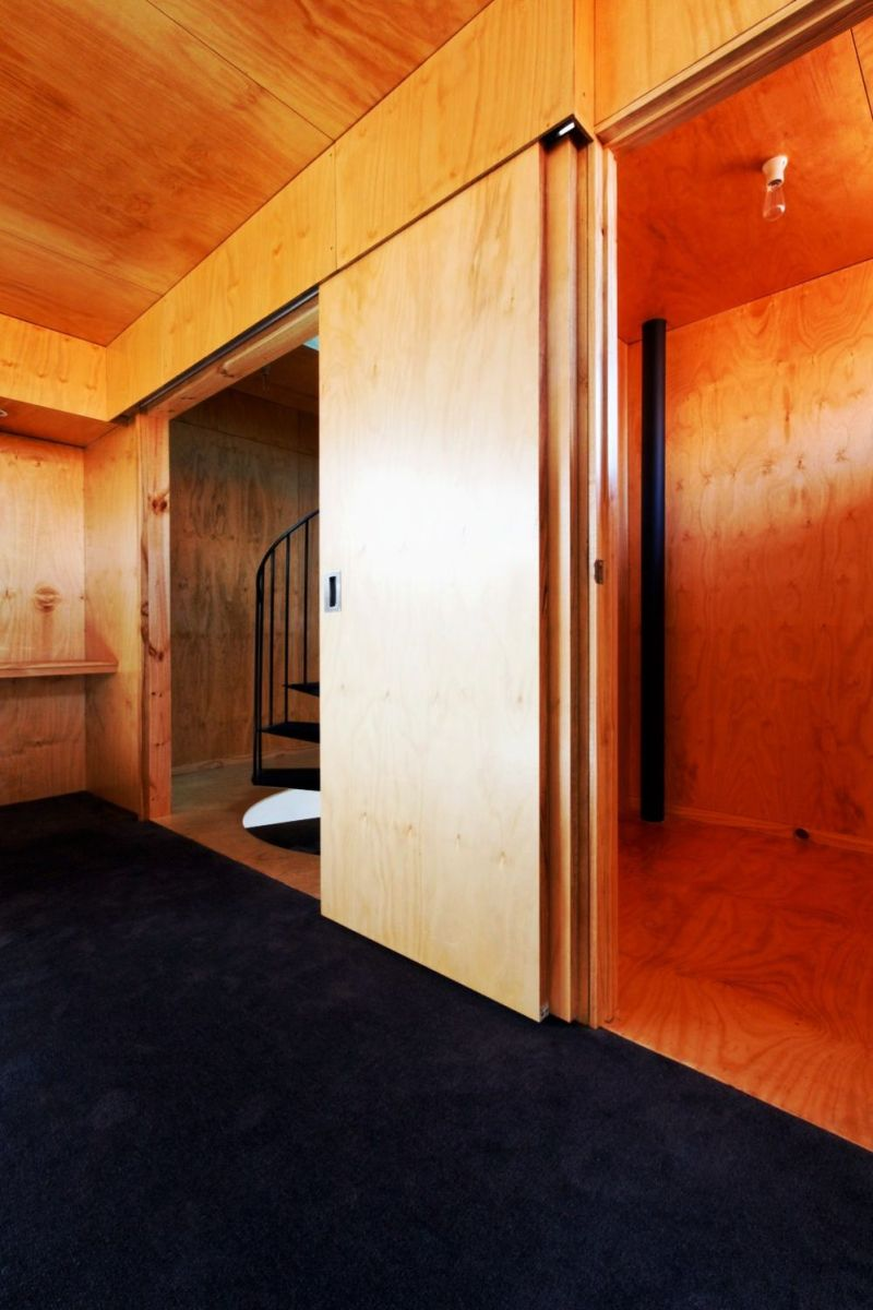 Heterogenous interior concept that adapts wooden surface in a colorful interior style to give charming vibe in the house (5)