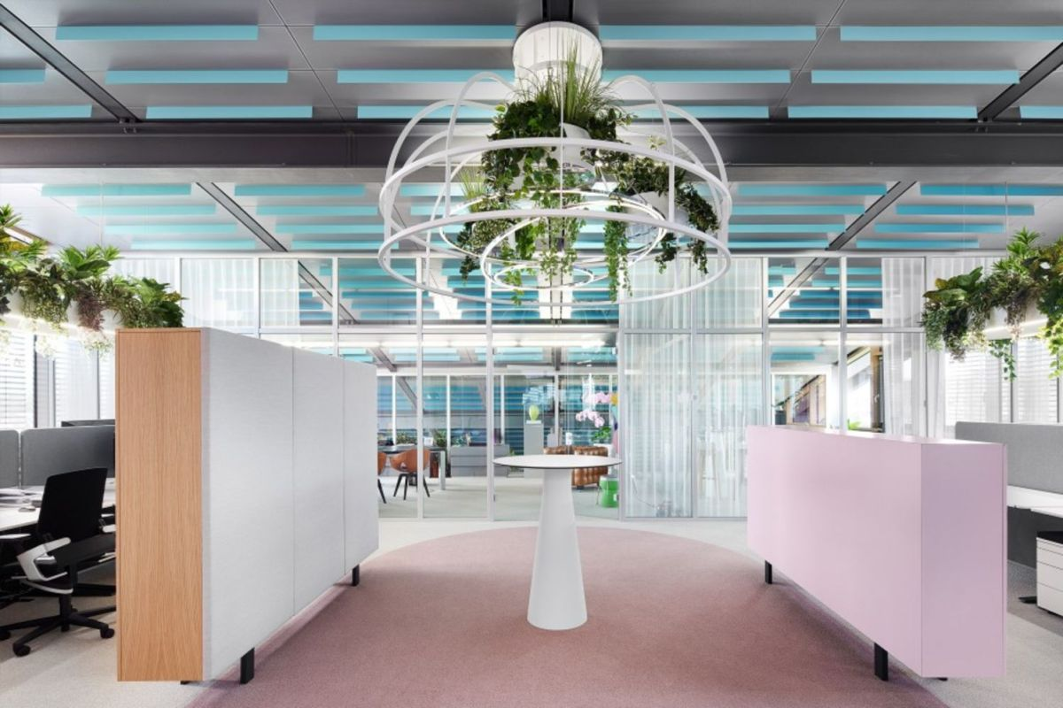 Creative office concept created for dynamic and effective working space (13)