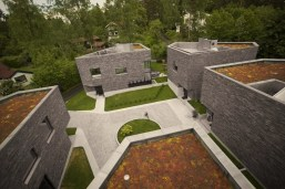 Distinctive house complex with brilliant architecture concept accommodating five family houses (6)