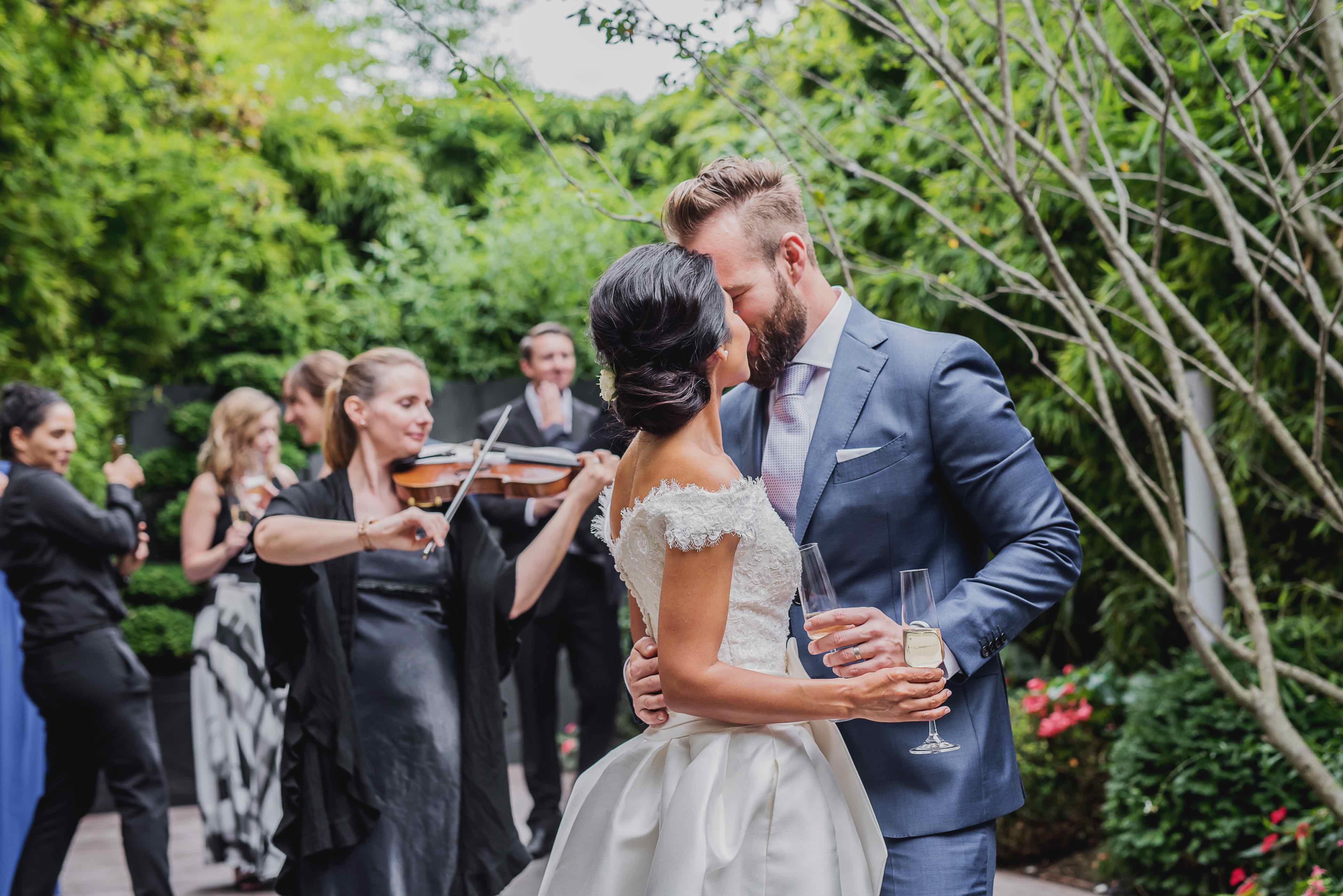 violin wedding paris