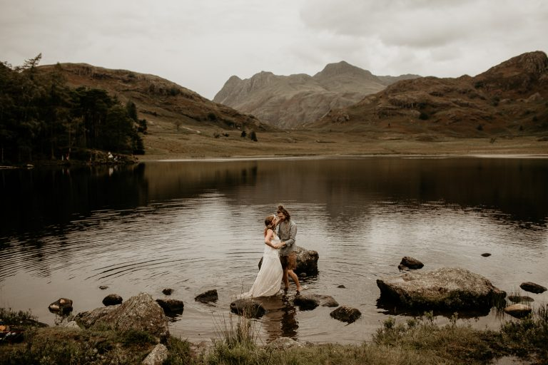 unfurl72-photography-lake-district-van-life-elopement-wedding-countryside-elope-boho-inspiration-hip-adventure-outdoor-england-loch