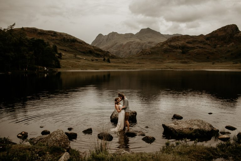 unfurl73-photography-lake-district-van-life-elopement-wedding-countryside-elope-boho-inspiration-hip-adventure-outdoor-england-loch-moody