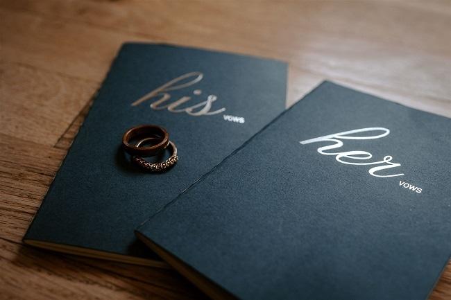 Courtney10-Lynn-colorado-adventure-elopement-packages-destination-wedding-photographer-estes-park-elope-vows