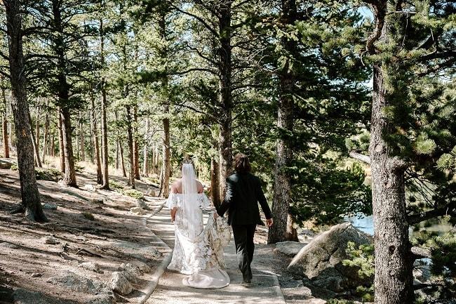 Courtney50-Lynn-colorado-adventure-elopement-packages-destination-wedding-photographer-estes-park-elope-forest