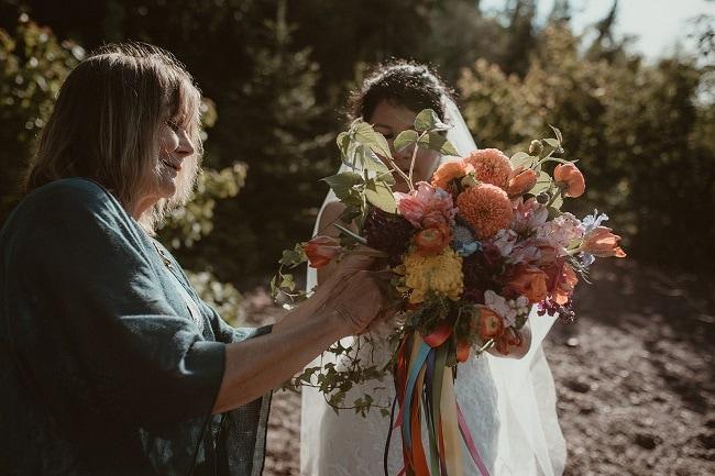 175-Eliot-Lupita-Wedding_Lume-Photography-elopement-destination-michigan-harbor-elope-usa-beach-summer-outdoor-intimate-ceremony