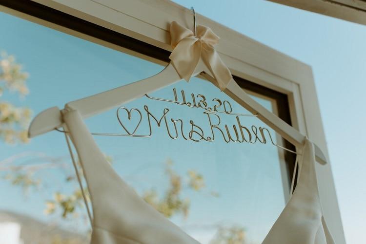 nicole1-jamie-carrie-rogers-photography-malibu-intimate-beach-elopement-california-destination-wedding-outdoor-coast-ceremony