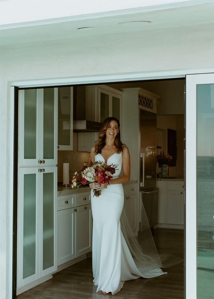 nicole70-jamie-carrie-rogers-photography-malibu-intimate-beach-elopement-california-destination-wedding-outdoor-coast-ceremony