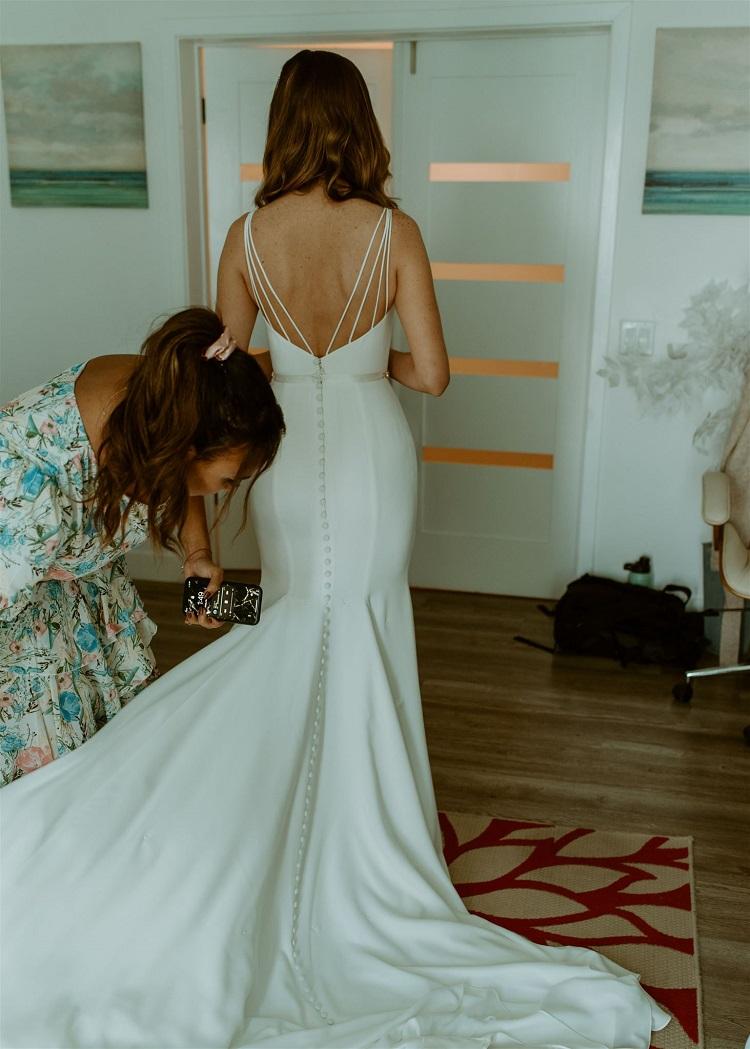 nicole71-jamie-carrie-rogers-photography-malibu-intimate-beach-elopement-california-destination-wedding-outdoor-coast-ceremony