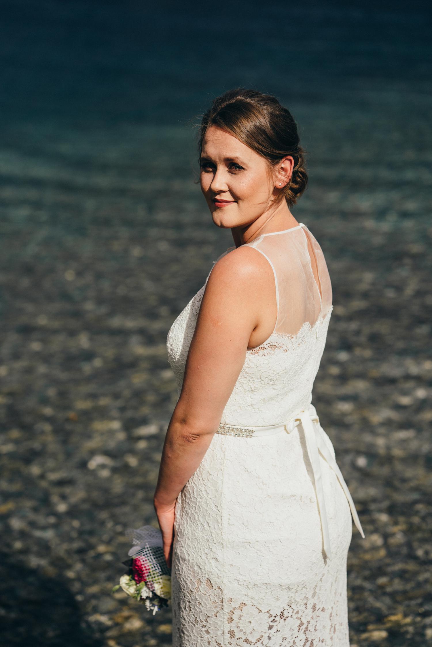 Queenstown lake bride