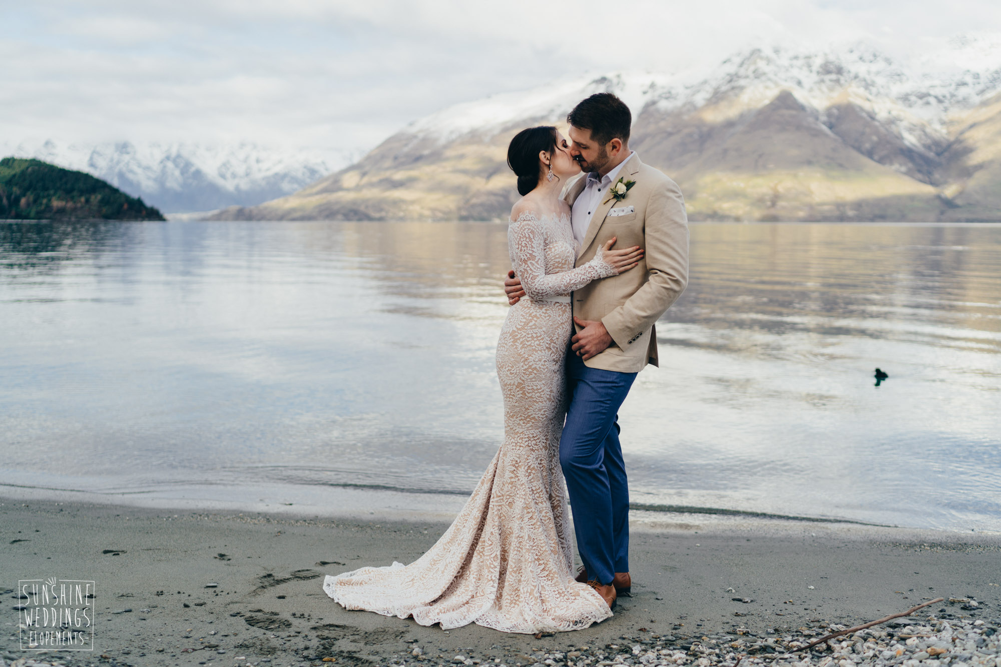 NZ destination wedding planner and photographer