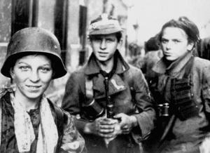Niños soldado durante elAlzamiento de Varsovia