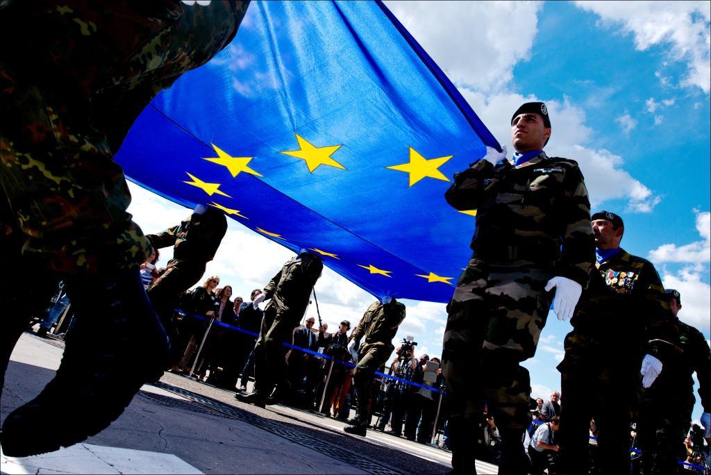 La Unión Europea y la revitalización de la defensa comunitaria