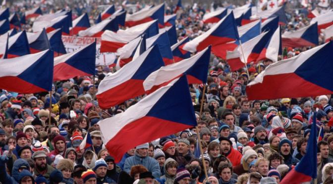Checoslovaquia: bodas de brillantes, divorcio de terciopelo