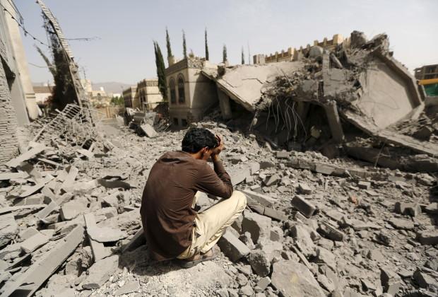 armas hombre yemen