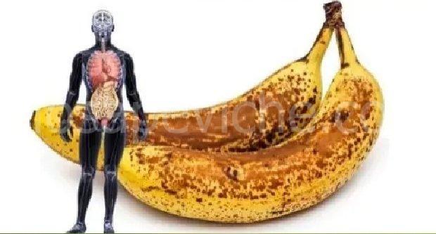 Questo è ciò che accade al tuo corpo se mangi due banane ogni giorno