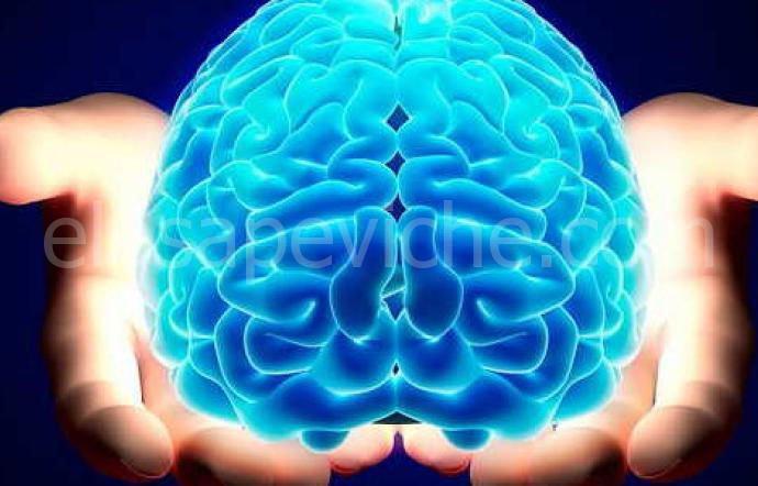 8 abitudini quotidiane che stanno lentamente danneggiando il tuo cervello