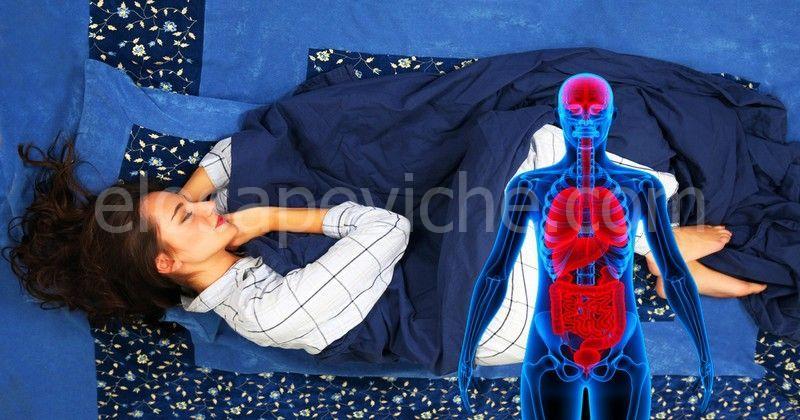 Questo è ciò che accade al tuo corpo se dormi sul lato sinistro ogni notte per un mese