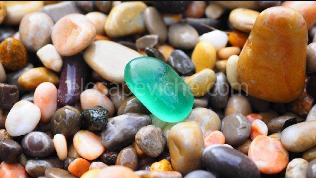 Le misteriose pietre rumene che respirano, crescono e si riproducono