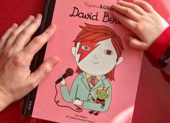 La imagen de marzo - Peque-Bowie