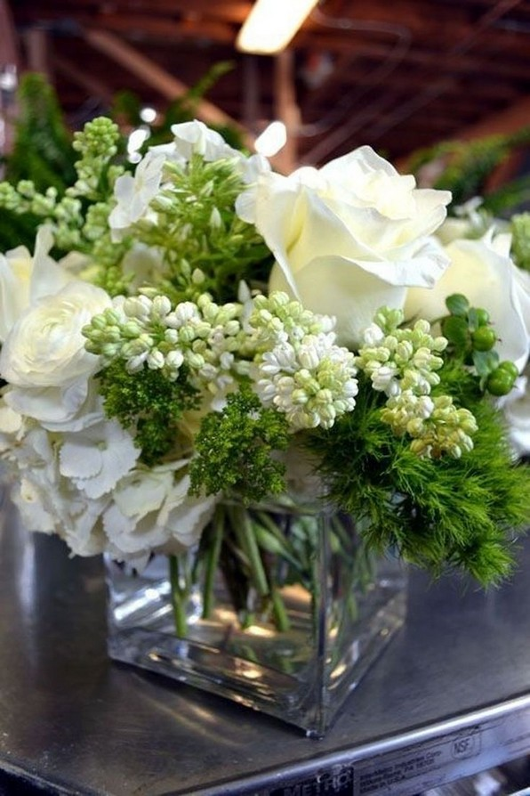 15 Beautiful Rustic Green And White Flower Arrangements 25