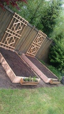 15 DIY Easy Access Raised Garden Bed System 21