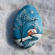 16 Best DIY Christmas Painting Rocks Design 11