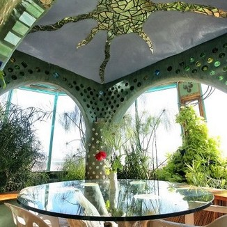 17 Amazing Greenhouse Earthship Home Design Made Of Recycled 28