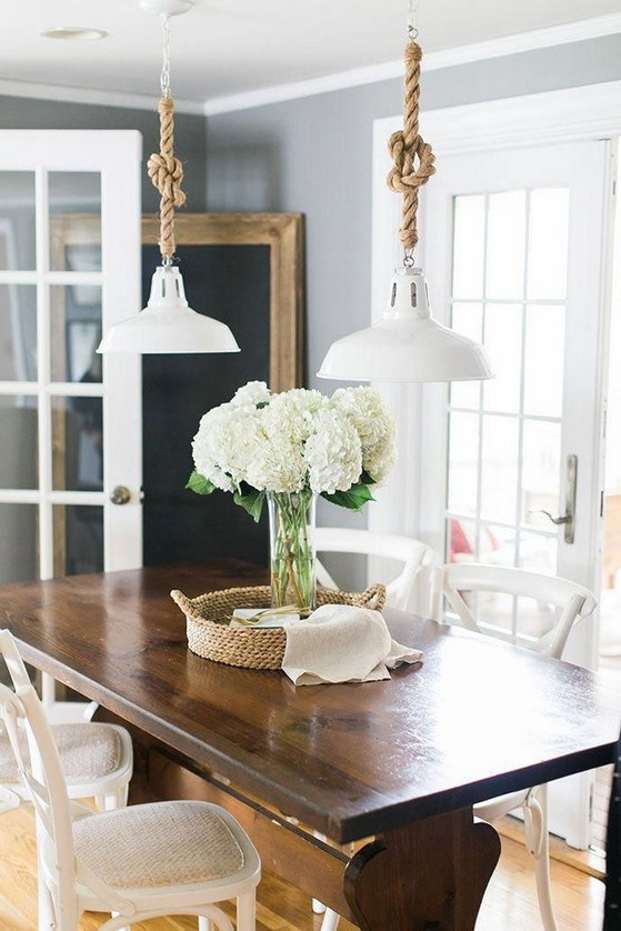 18 Beautiful Rustic Coastal Farmhouse Style 18