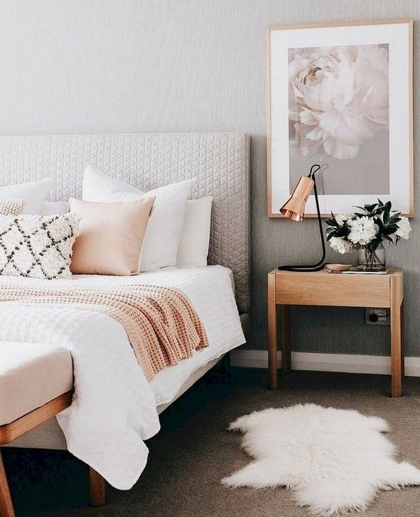 20 Cozy First Apartment Decorating On A Budget 23
