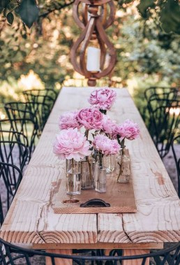 15 Classy DIY Wood Tables Ideas For Outdoor 13