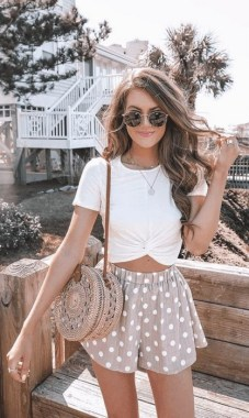 17 Popular Spring And Summer Fashions Trends Ideas For Women 17