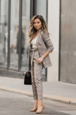 18 Fabulous Work Outfits Ideas To Use This Season 26