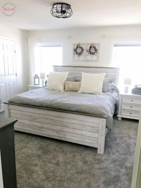 19 Amazing Warm Master Bedroom Makeover Fixer Upper Style Ideas 29 1