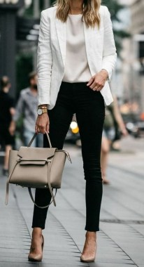 19 Cool Summer Business Outfits Ideas For Women 23